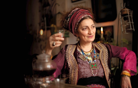 Nini Ordoubadi, of Tay Tea, raises a glass of her tea, made with local Hudson Valley ingredients.